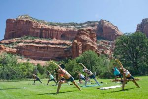 Yoga Retreat Sedona, Arizona - Group Yoga Time! Calgary travel vacation experience with a group of people. Get out of town to enjoy the sunshine, daily meals, yoga classes, and accommodation.